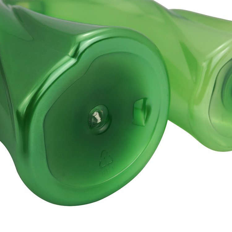 China supplier 200ml 300ml empty green cosmetic PET plastic spray bottle for personal care