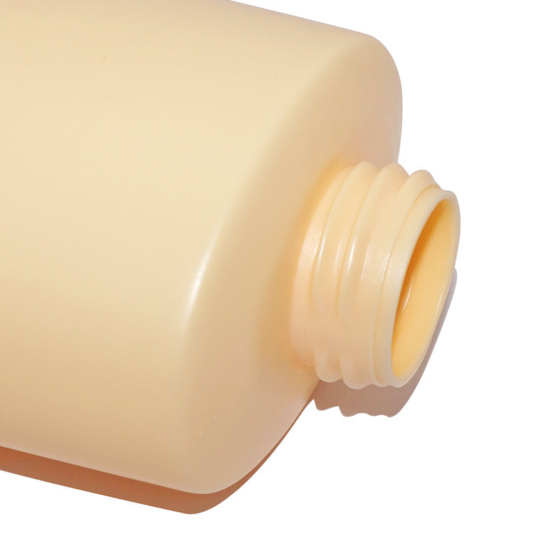 New design empty 1000ml yellow flat shape PE plastic shampoo bottle with lotion pump