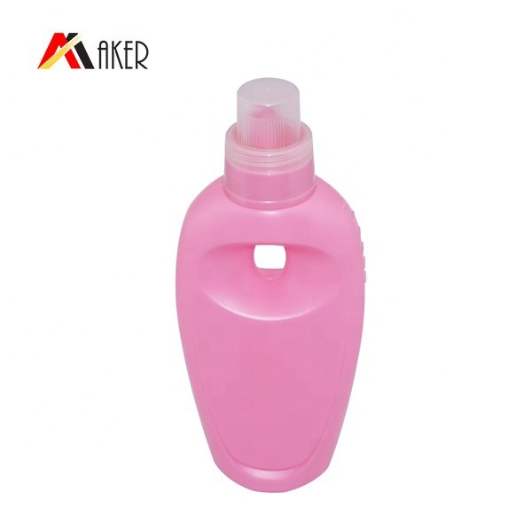 China wholesale plastic PE detergent bottle unique design empty 700ml laundry detergent plastic bottle with handle and measure cap